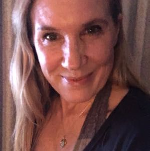 Meet Singles Over 50 in Bustins Island ME