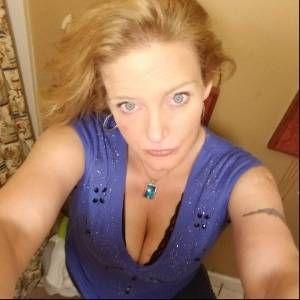 Julie2379
